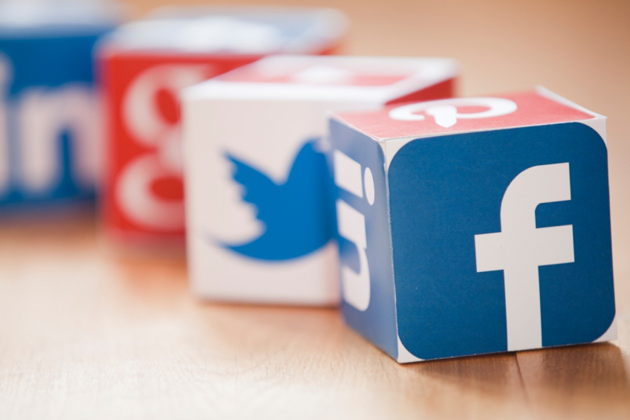 Social Media – Don't Use Auto Pilot